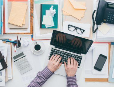 Dalla scrivania al progetto, come l'organizzazione personale aiuta a lavorare bene.